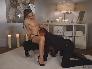 Soft oral tryout before this elegant chick to bend ass