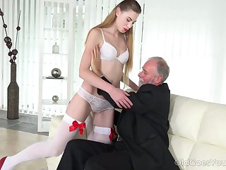 Geezer enjoys fucking deep throat and wet young pussy of voluptuous student Milena Devi